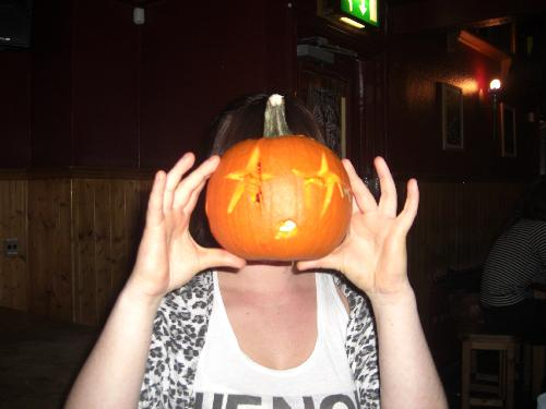 Pumpkin head lori (again)...